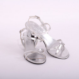 Pair of heeled sandals Size 36