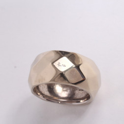 Faceted ring white gold 18k