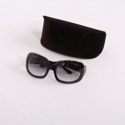 Pair of sunglasses oversized Lisa TF28