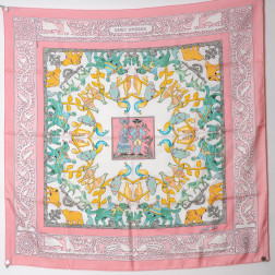 Scarf Early America
