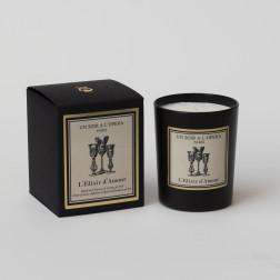 Bougie parfumée L'ELIXIR D'AMOUR - Infusion d'épices et Notes de thé d'après l'Opéra de Donizetti. (Vendu par lot de 2 bougies)
